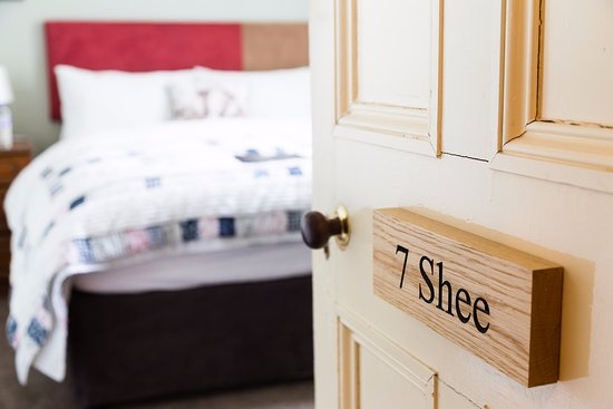 Blairgowrie, UK: Shee, Double Room with private external bathroom