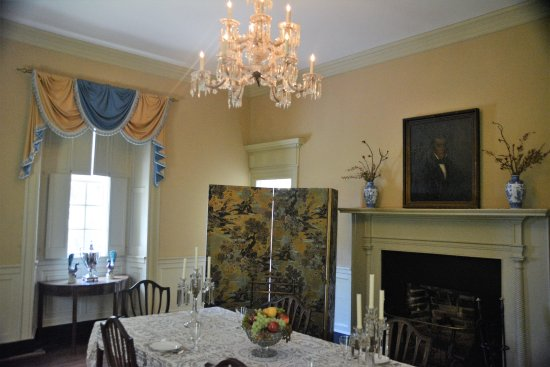 Charles City, VA: Dining room