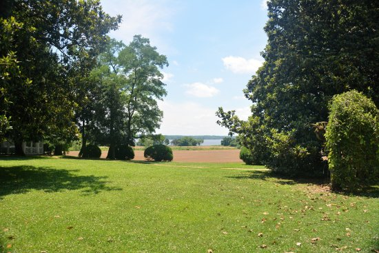 Charles City, VA: James River view