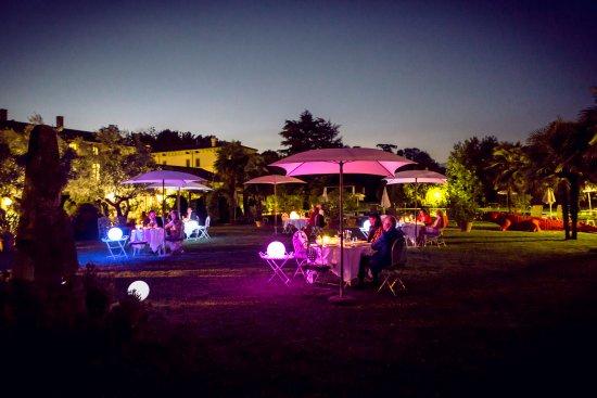 San Pietro in Cariano, Włochy: Dinner in the garden