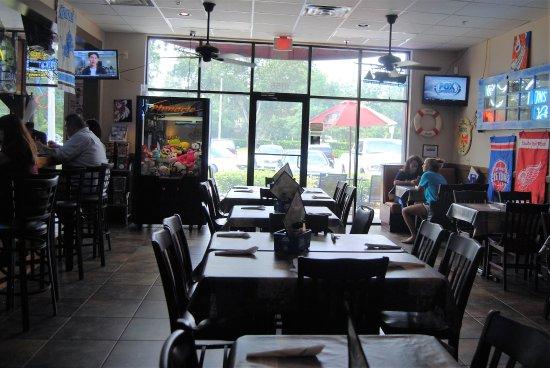Oviedo, FL: Smaller than Longwood but still plenty of room