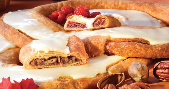 Racine, WI: Pecan & Raspberry Kringle Pair