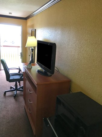 Center, TX: Room Amenities