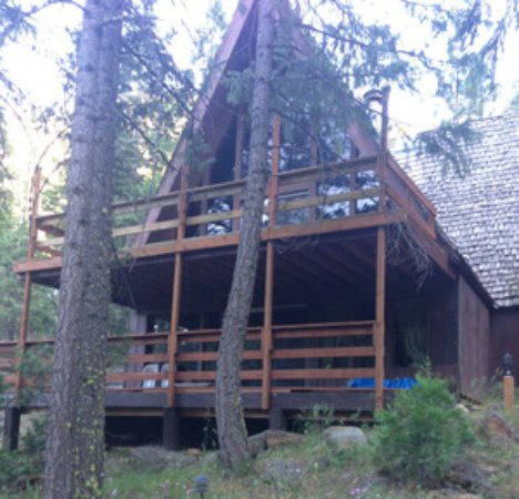 Weed, CA: The A-Frame houses ten to fifteen people and is often used for retreats. Parks Creek runs behind