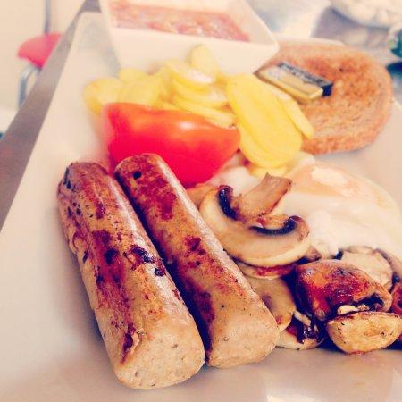Gosport, UK: Vegetarian breakfast known as the 'Morrisey'