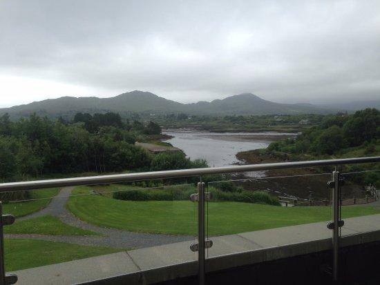 Sneem, ไอร์แลนด์: Stunning even on an overcast day.