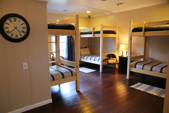 St. Marys, GA: We have a total of 8 beds - grab one or grab them all. Group rates available.
