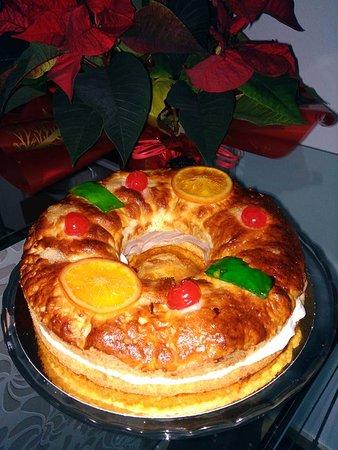 La Calahorra, Espanha: Roscón de Reyes. Los hacemos sin Gluten, sin Lactosa y sin Azúcar. Encarga el tuyo