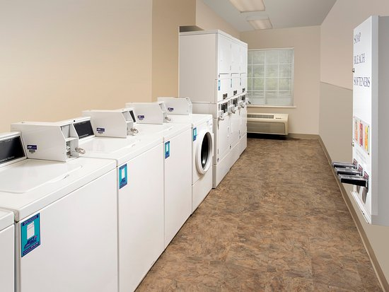 Clarksville, IN: Laundry Room