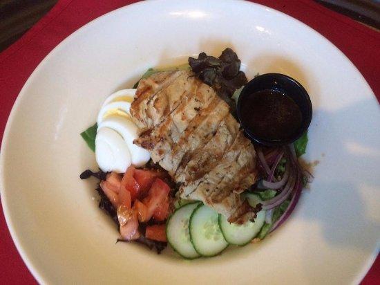 Statesville, Βόρεια Καρολίνα: Our wonderful delicious Cobb Salad