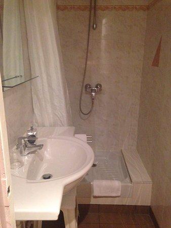 Hotel Donjon Vincennes: photo1.jpg