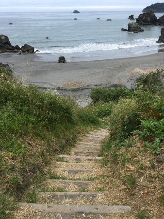 Westhaven-Moonstone, CA: Access to the beach
