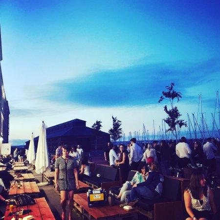 Gosport, UK: The Victualler Harbourside Bar & Restaurant