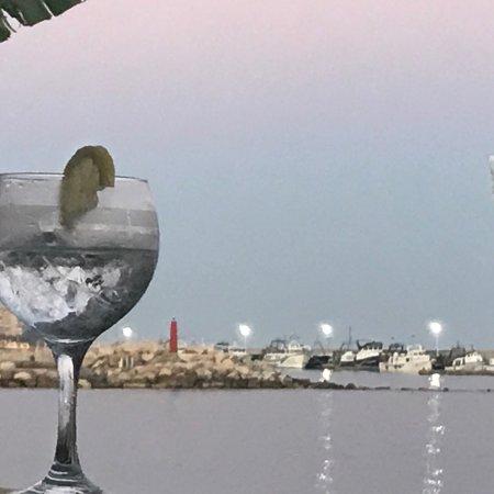 Caleta De Velez, Spain: Un lujo toda la comida,pescado fresco del día con una inmejorable calidad precio,vistas inmejora