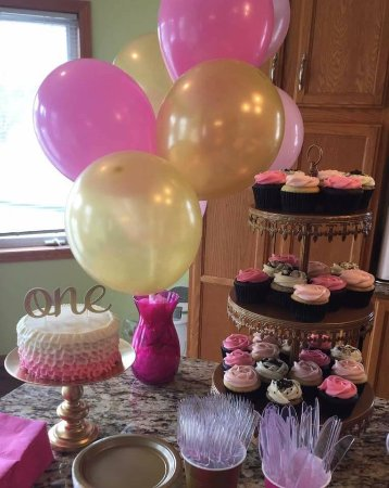 Cottage Grove, MN: SMASH CAKE AND CUPCAKES