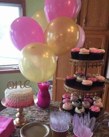 Cottage Grove, Миннесота: SMASH CAKE AND CUPCAKES