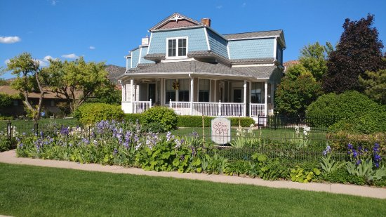 The Iron Gate Inn and Winery