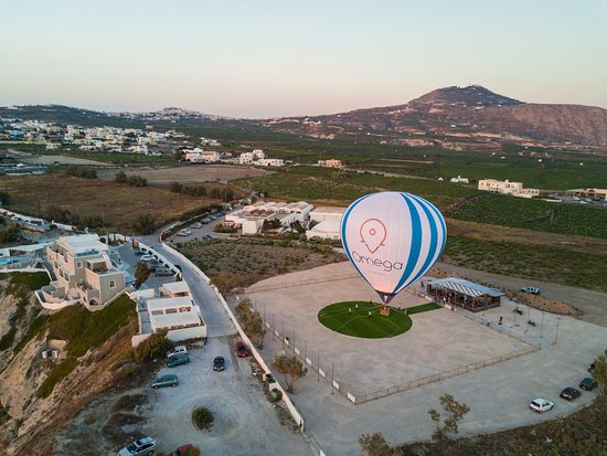 Karteradhos, Greece: Butari winery tethered hot air balloon rides