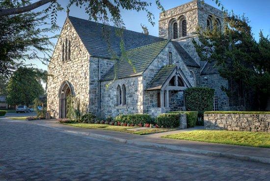 Santa Ana, كاليفورنيا: Fairhaven Memorial Park Mortuary