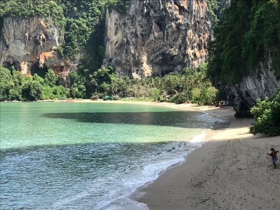 Railay Beach Viewpoint: photo2.jpg