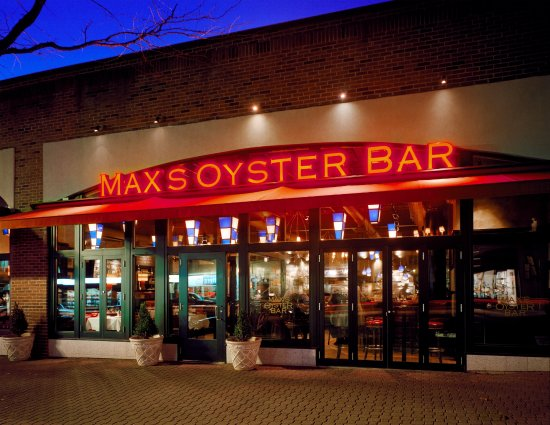 ‪‪West Hartford‬, كونيكتيكت: Welcome to Max's Oyster Bar‬