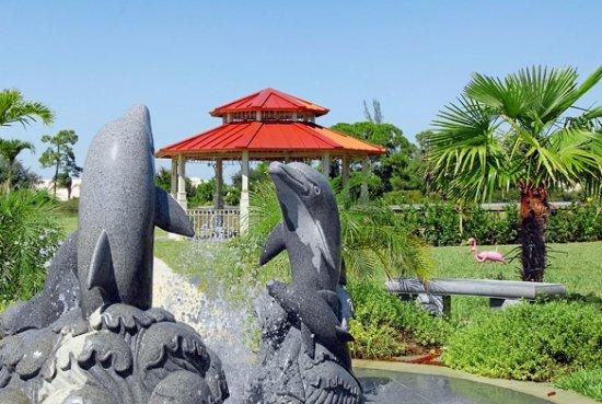 Naples Memorial Gardens Cemetery: Hodges Funeral Home At Naples Memorial  Gardens