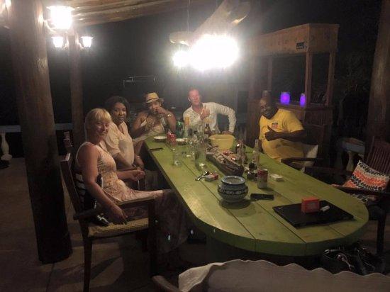 GOOOD Resort: Lovely late night BBQ