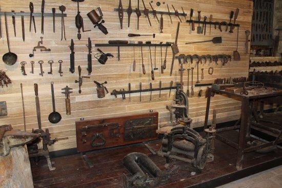 Sassoferrato, İtalya: Il Fabbro ferramenta