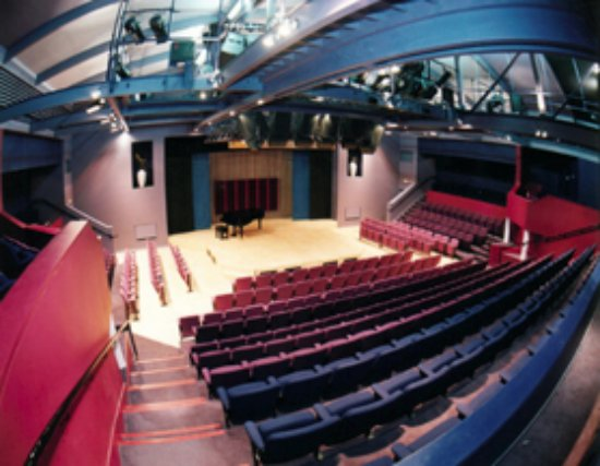 Wavendon, UK: The interior of the Jim Marshall Auditorium, the main concert hall at The Stables
