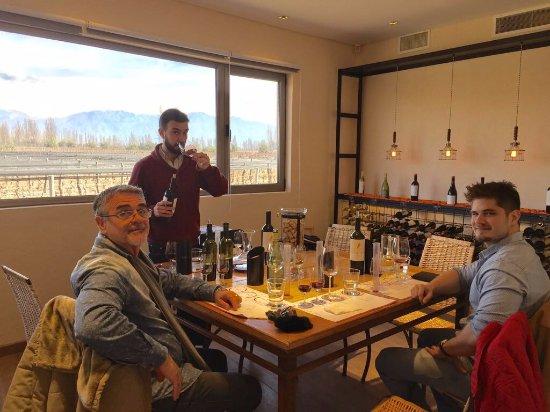 Lujan de Cuyo, Argentina: Degustação na Bodega Renacer, em Mendoza