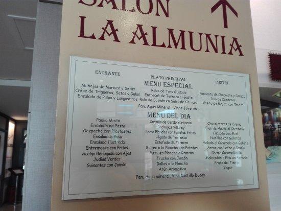 La Almunia de Dona Godina, Испания: IMG_20170622_161903_large.jpg
