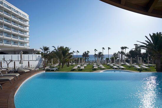 Sunrise Beach Hotel Photo