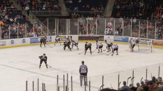 Duluth, GA: Had a blast watching the Gladiators!