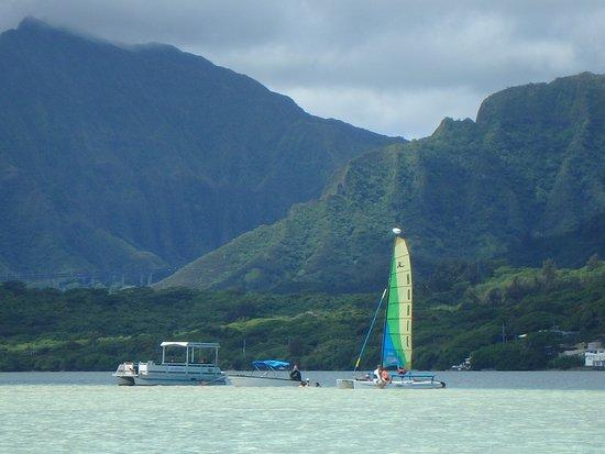 Kaneohe, Hawaje: Holokai sail boat (our tour)