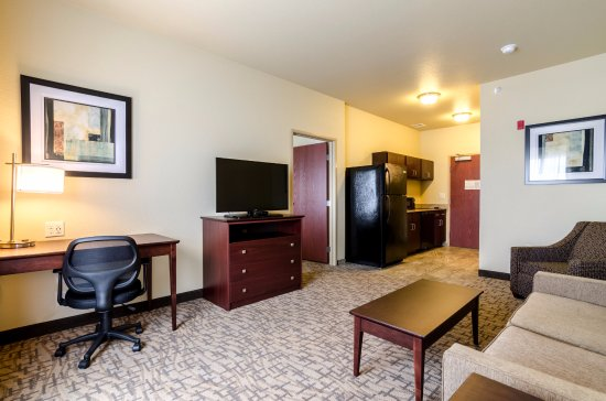 Cobblestone Hotel Suites Mccook Ne Extended Stay Suite