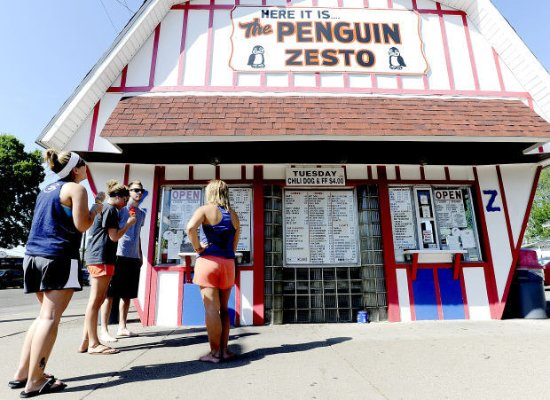 Winona, MN: The Penguin Zesto (East)