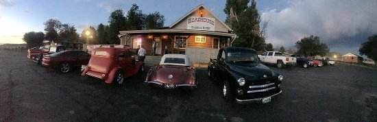 Wyarno Roadhouse Saloon & Eatery