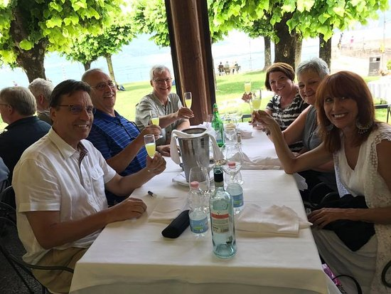 Ristorante La Punta: Chilled glasses of limoncello at the end of a very fine meal!