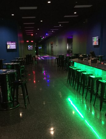 Franklin, TN: Our spacious bar is perfect for you party or event