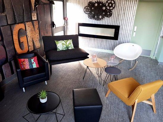 Gradignan, France: Salon cheminée