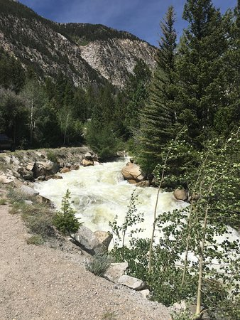 Nathrop, CO: Water thru canyon on road to St. Elmo