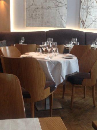 La Table d'Eugène : TABLE RONDE