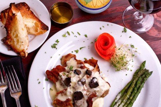 Lake Worth, FL: veal veneziana