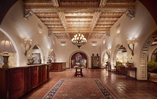 Four Seasons Resort The Biltmore Santa Barbara: Lobby