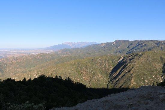 San Bernardino, CA: Mountain views
