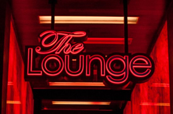 Rancho Mirage, CA: The Lounge offers free nightly fun & entertainment