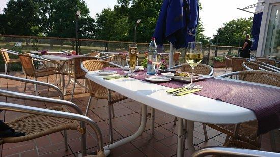 Outdoor Küche Düsseldorf : Terrasse bild von s manufaktur restaurant düsseldorf tripadvisor