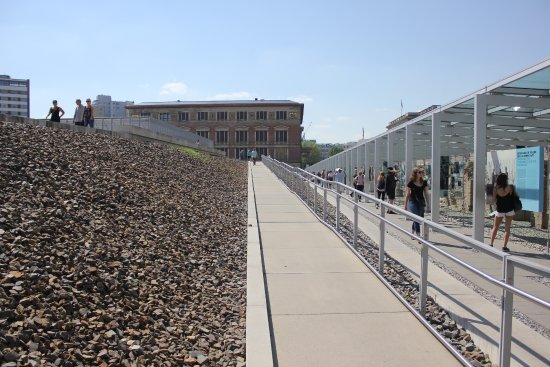 Topography of Terror: Wall