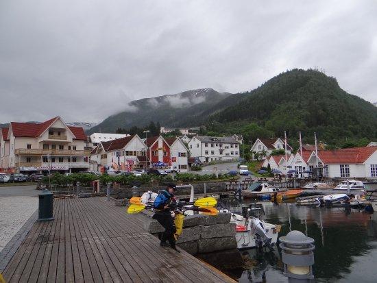 Kviknes Hotel: marina