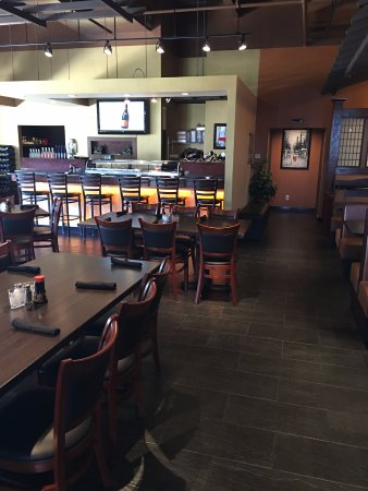 Westerville, OH: Dine-In Tables